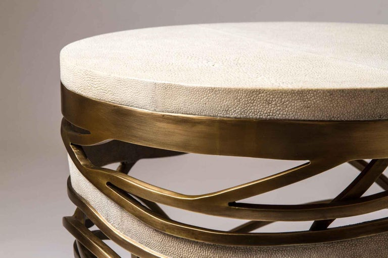 Galaxy Stool/Side Table in Cream Shagreen and Bronze-Patina Brass by Kifu, Paris In New Condition For Sale In New York, NY