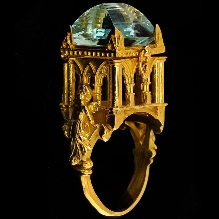 Galerie des Glaces Cathedral Poison Ring in 18 Karat Yellow Gold with Aquamarine 5