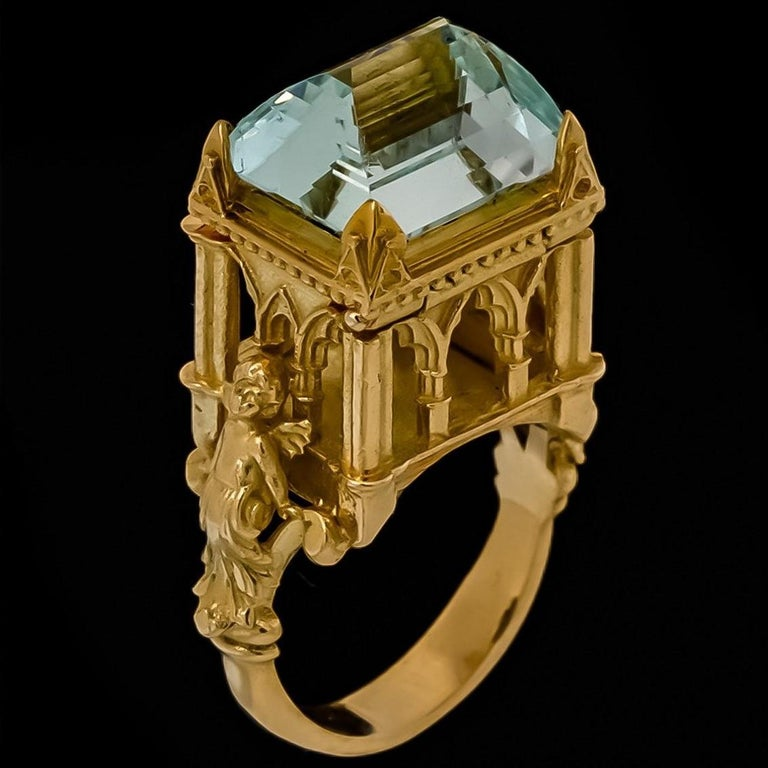 Galerie des Glaces Cathedral Poison Ring in 18 Karat Yellow Gold with Aquamarine 6
