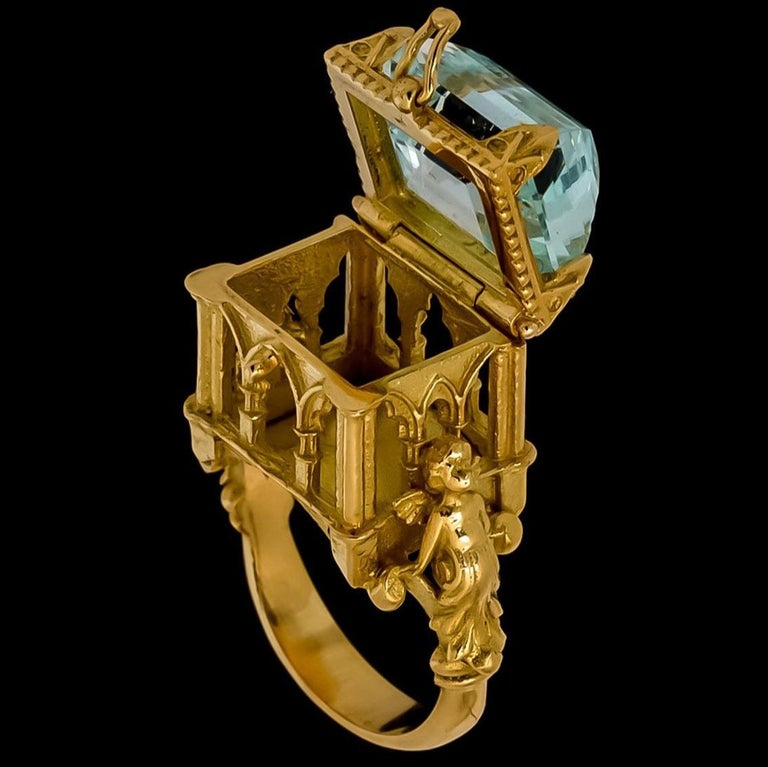 Galerie des Glaces Cathedral Poison Ring in 18 Karat Yellow Gold with Aquamarine 8