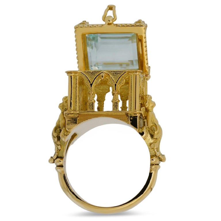 Women's or Men's Galerie des Glaces Cathedral Poison Ring in 18 Karat Yellow Gold with Aquamarine