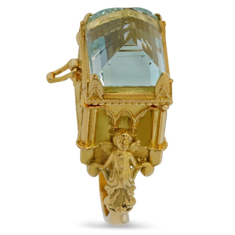 Galerie des Glaces Cathedral Poison Ring in 18 Karat Yellow Gold with Aquamarine 1