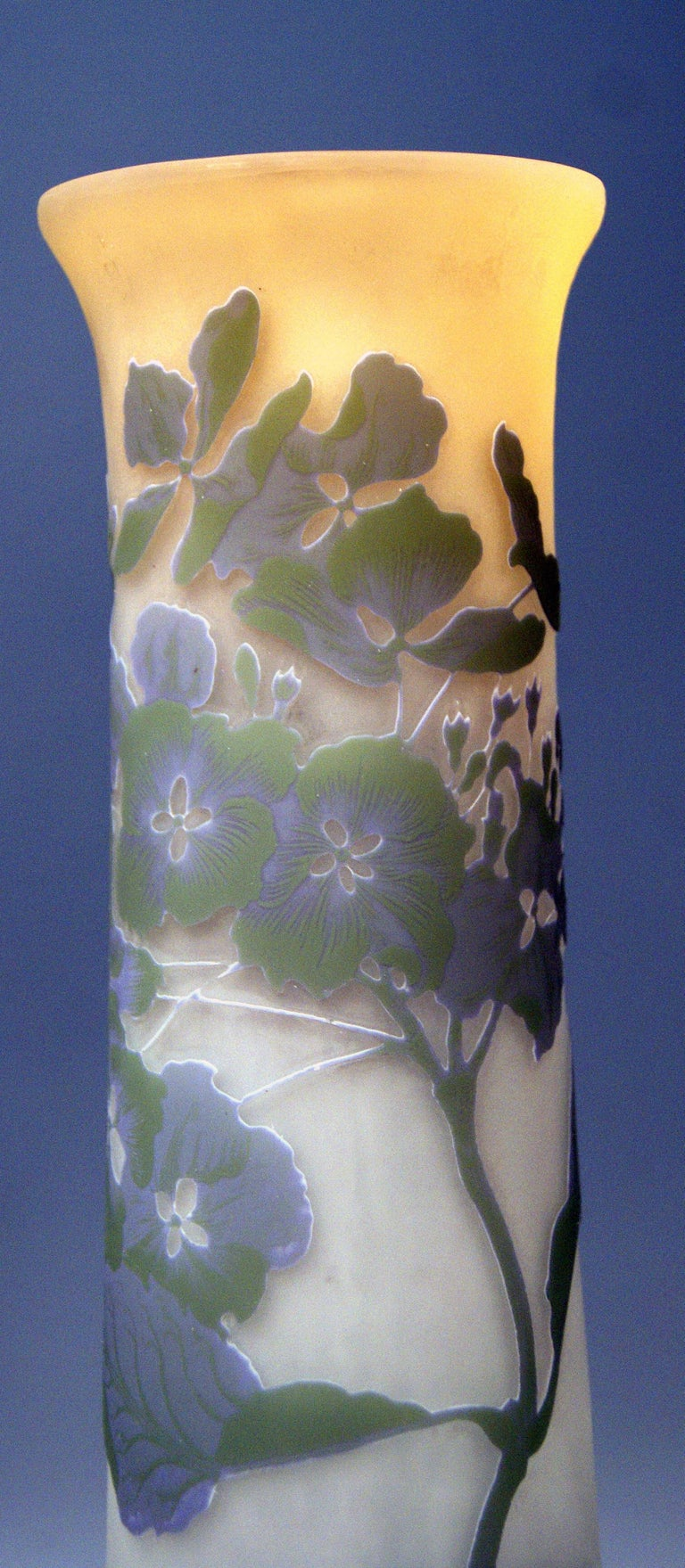 Gallé Art Nouveau Vase Galle Mallows Flowers France Nancy Height 18.30in c.1904 In Excellent Condition For Sale In Vienna, AT