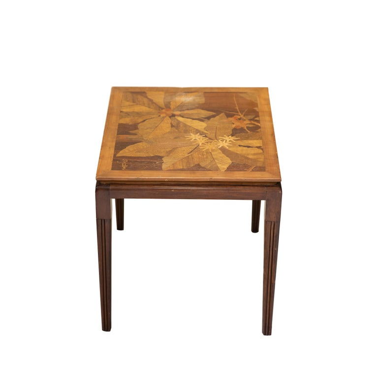 Gallé Inlaid Early 20th Century Art Nouveau Side Table with Floral Motifs In Good Condition For Sale In Hudson, NY