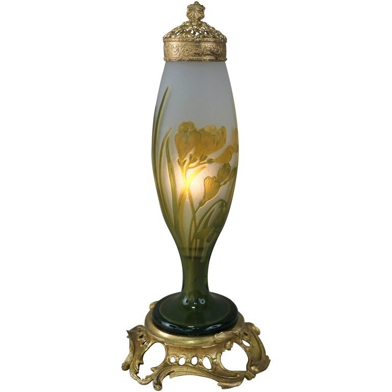 Galle Style Cameo Glass Art Nouveau Table Lamp For Sale
