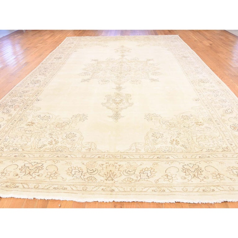 Gallery Size Vintage Tabriz Full Pile Hand Knotted Pure Wool Rug In New Condition For Sale In Carlstadt, NJ
