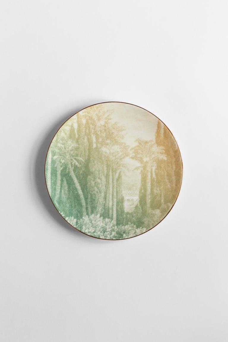 Italian Galtaji, Six Contemporary Porcelain Dinner Plates with Decorative Design For Sale