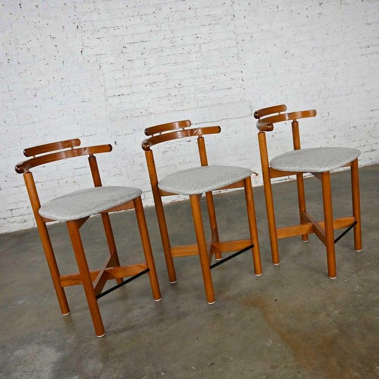Gangso Mobler Scandinavian Modern Teak Counter Height Barstools Set of 3 In Good Condition In Topeka, KS