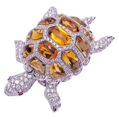 Garavelli 18 Karat White Gold, 4.58 Carat Diamond Turtle Brooch with Citrines