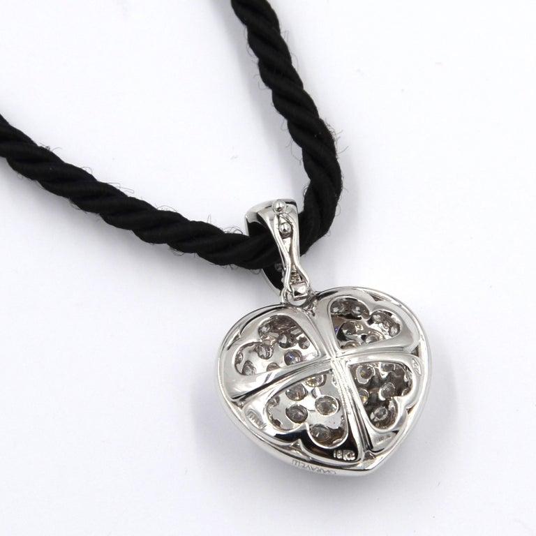 Garavelli 18 Karat White Gold Pavè Diamond Puffed Heart Pendant In New Condition For Sale In Valenza, IT