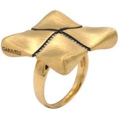 Garavelli 18 Karat Yellow Gold White Diamonds Award Collection Ring