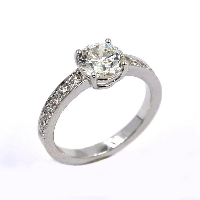 Garavelli 18 Karat White Gold Diamonds Stud Earrings For Sale 1