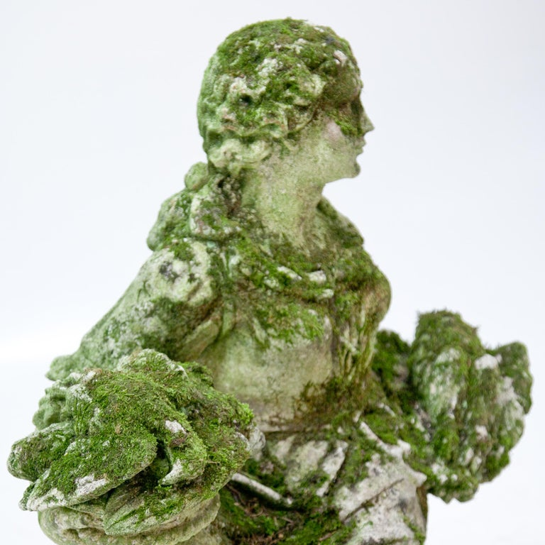Garden Sculpture of a Poultry Seller, prob. Italy, 20th Century For Sale 1