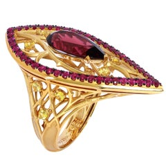 Garnet 4.38 Carat Ruby Sapphire 18 Karat Yellow Gold Gothic Ring