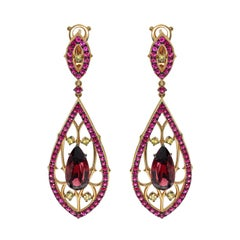 Garnet 6.33 Carat Ruby Sapphire 18 Karat Yellow Gold Gothic Earrings