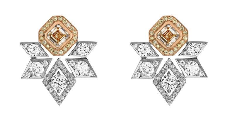 Round Cut Garrard 18 Karat Gold 4.93 Carats GIA White & Yellow Diamond Stud Earrings  For Sale