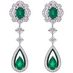 Garrard 18 Karat Gold Gubelin GRS GIA Pearshape Emerald & Diamond Drop Earrings