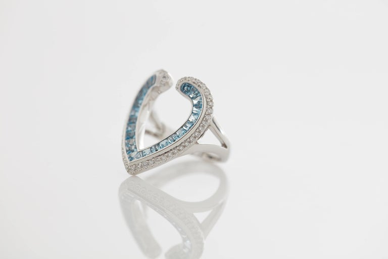 Modern Garrard 'Aloria' 18 Karat White Gold Calibre Cut Aquamarine White Diamond Ring For Sale