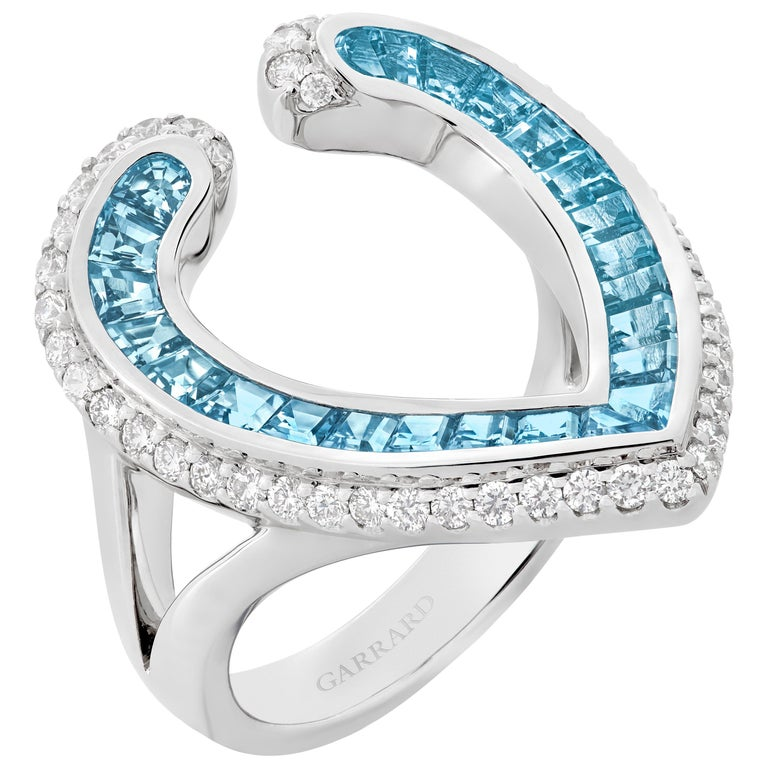 Garrard 'Aloria' 18 Karat White Gold Calibre Cut Aquamarine White Diamond Ring For Sale