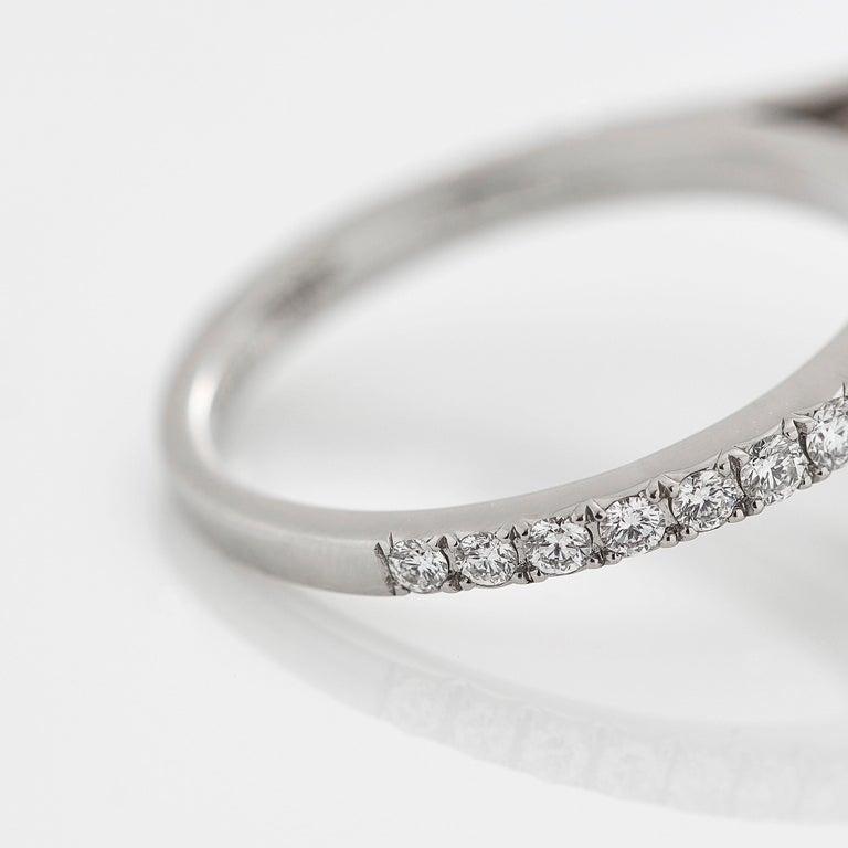 Garrard 'Harmony' Platinum Round White Diamond GIA 3.22 Karat Engagement Ring For Sale 4