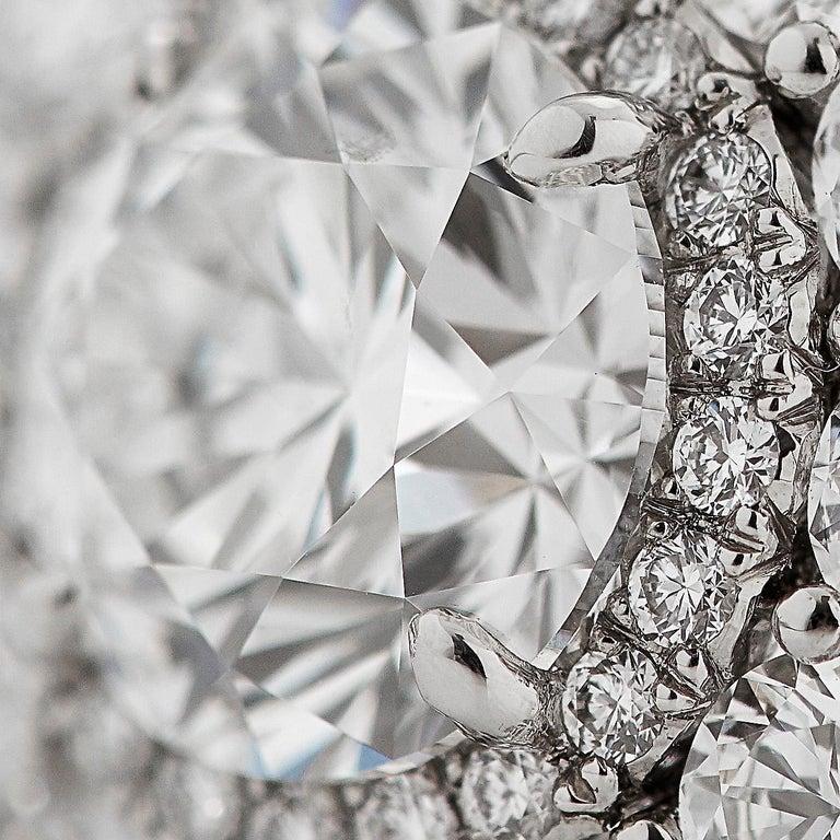 Garrard 'Harmony' Platinum Round White Diamond GIA 3.22 Karat Engagement Ring For Sale 1