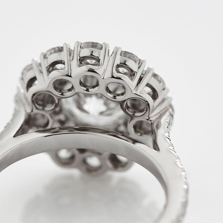 Garrard 'Harmony' Platinum Round White Diamond GIA 3.22 Karat Engagement Ring For Sale 3