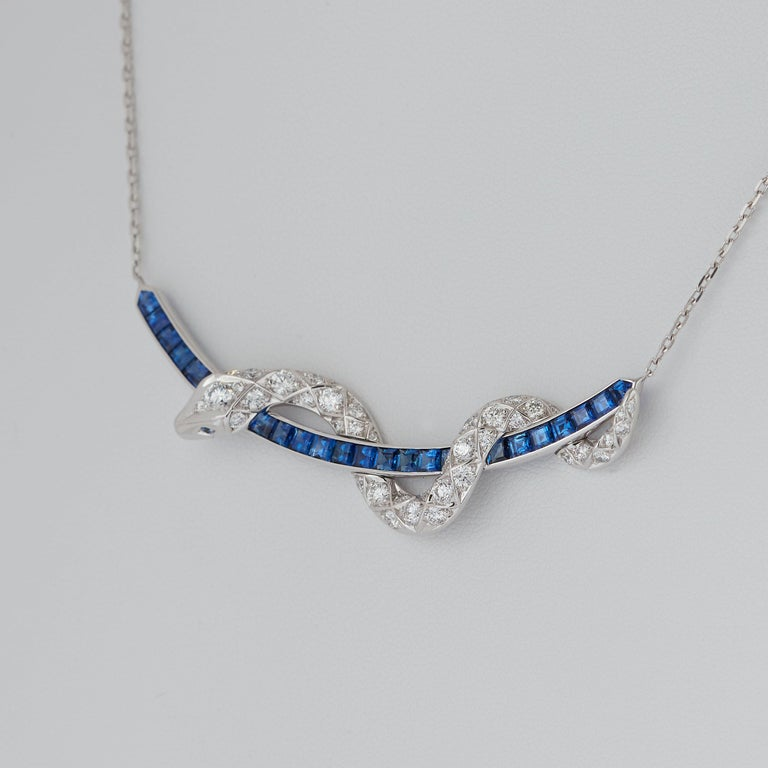 Garrard Signature Serpent 'Muse' 18 Karat Blue Sapphire & Diamond Necklace In New Condition In London, London