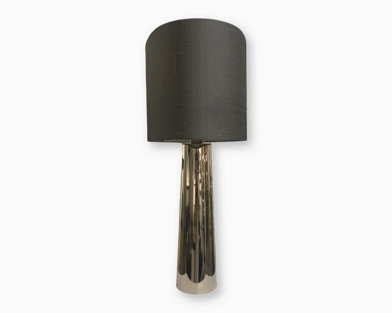 Modern Garrido Concave Table Lamp in 24 Karat Champagne Gold Finish For Sale