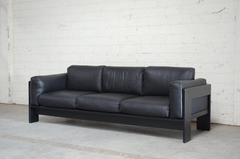 Gavina Leather Sofa Model Bastiano design Tobia & Afra Scarpa For Sale 3