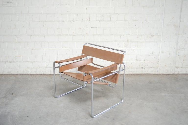Italian Gavina Wassily Chair by Marcel Breuer For Sale