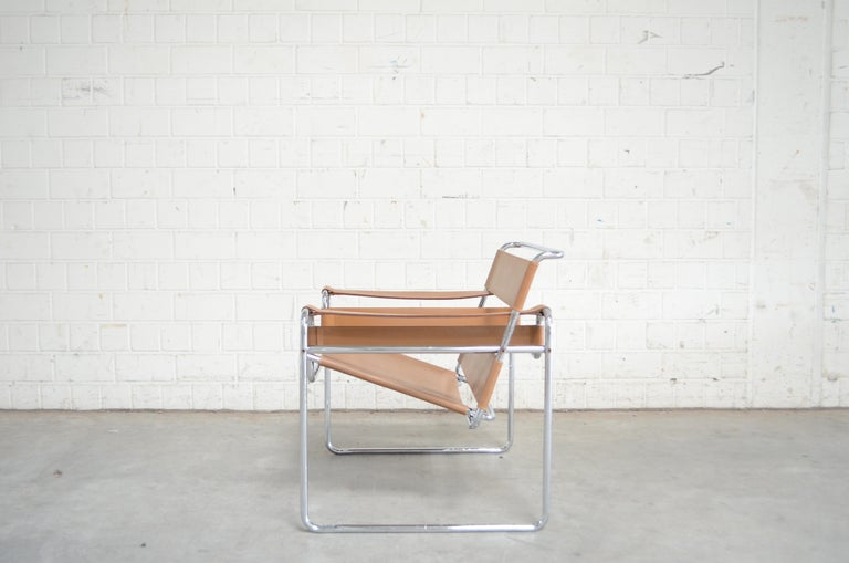 Gavina Wassily Chair by Marcel Breuer In Fair Condition For Sale In Munich, Bavaria