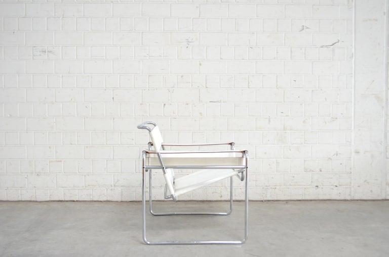 Gavina Wassily Chair Leather White by Marcel Breuer For Sale 5