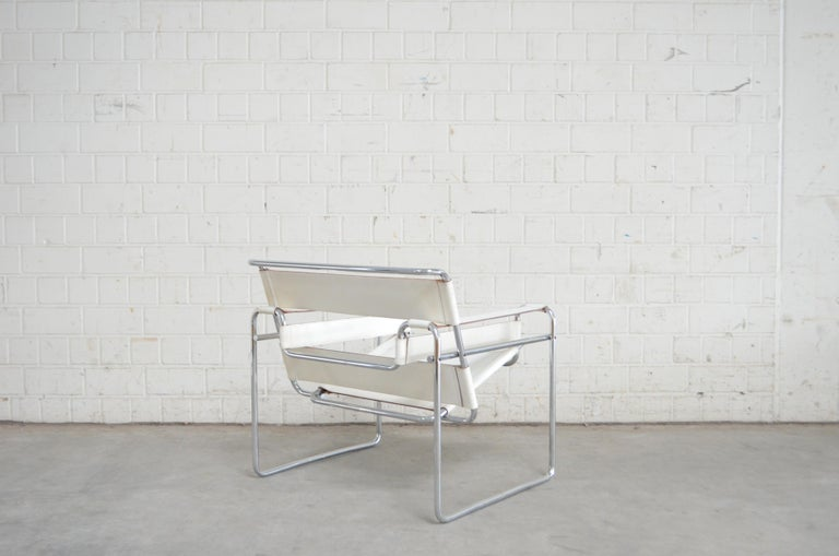 Gavina Wassily Chair Leather White by Marcel Breuer For Sale 9