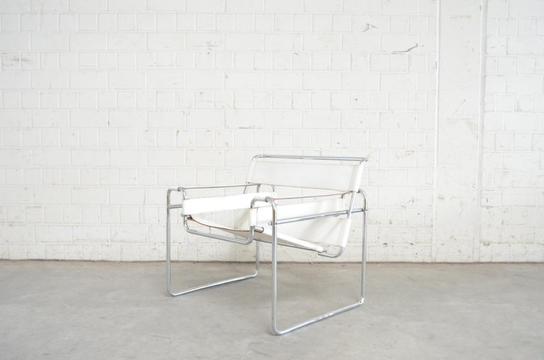 Gavina Wassily Chair Leather White by Marcel Breuer For Sale 2