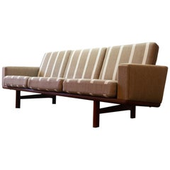 GE-236 Three-Seat Sofa by Hans J. Wegner for GETAMA, 1960s