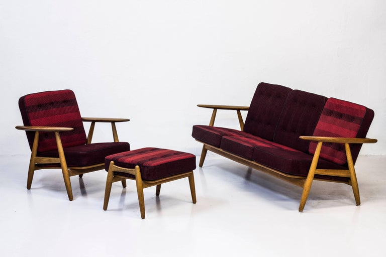 GE-240 Easy Chair and Ottoman by Hans J. Wegner For Sale 3