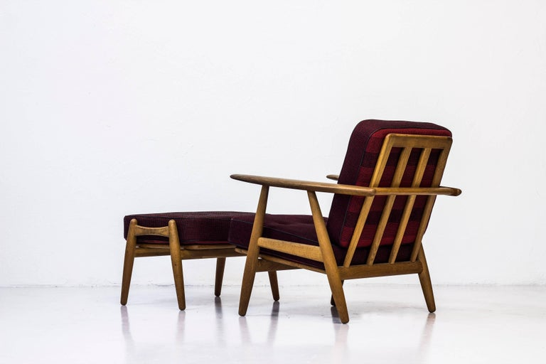 GE-240 Easy Chair and Ottoman by Hans J. Wegner For Sale 2
