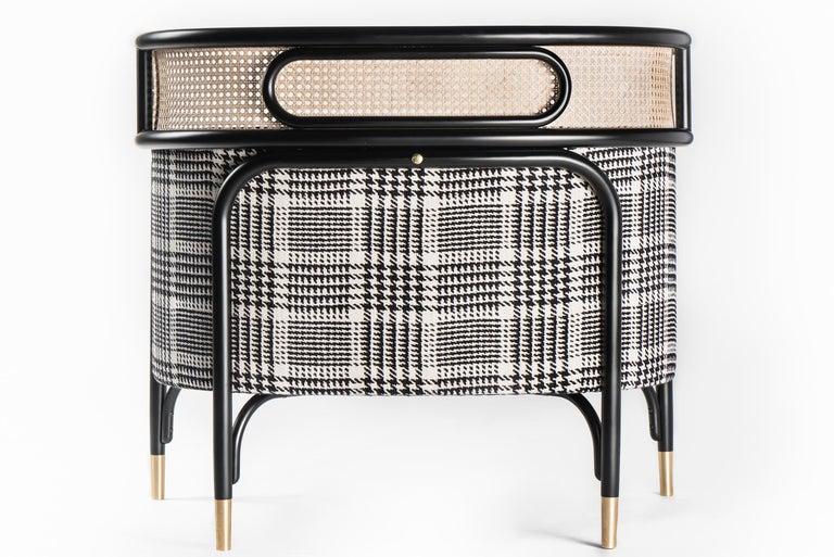 Modern Gebrüder Thonet Vienna GmbH Targa Lounge Chair in Black Frame with Brass Feet For Sale