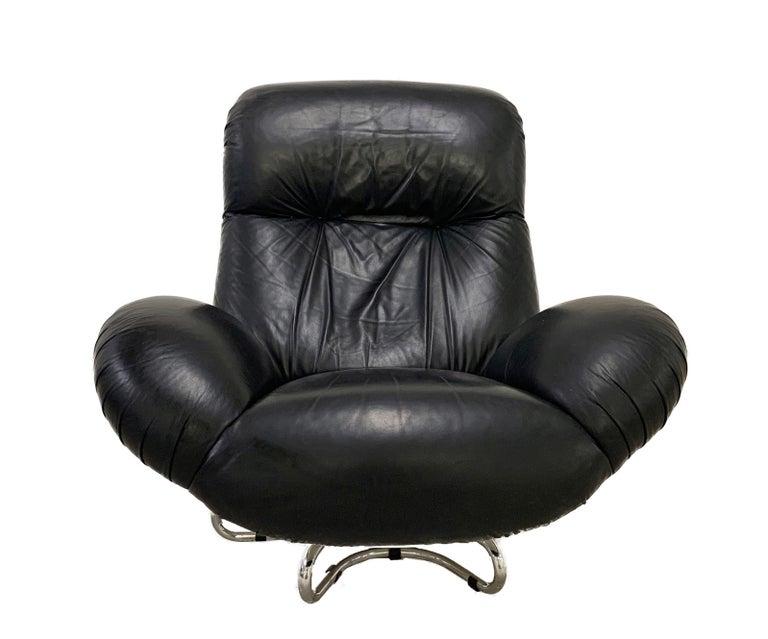 Gecchelin Fiberglass Leather Black Italian Swivel Armchair for Busnelli, 1970s In Good Condition For Sale In Roma, IT