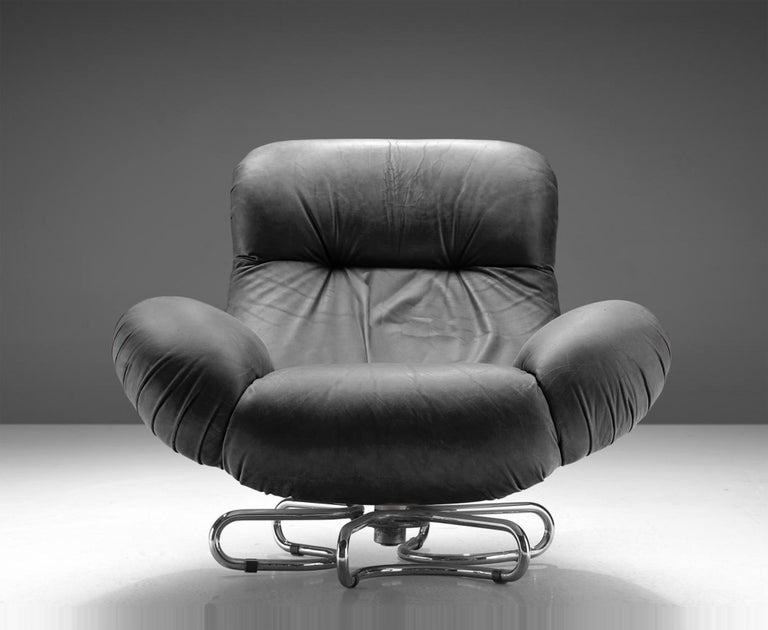 Gecchelin Fiberglass Leather Black Italian Swivel Armchair for Busnelli, 1970s For Sale 1