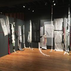 Gelah Penn, Ebb Tide, 2019, site responsive drawing, synthetics, pins, staples
