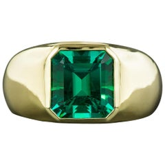 Gem 5.35 Carat Colombian Emerald Ring