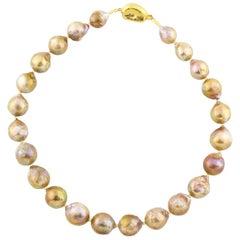 Gemjunky Elegant Classic Handmade Golden Wrinkle Pearl Necklace
