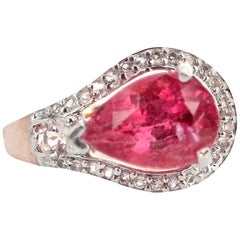 Gemjunky Exquisite Dazzling 2.86 Ct Tourmaline and Unique White Diamond Set Ring