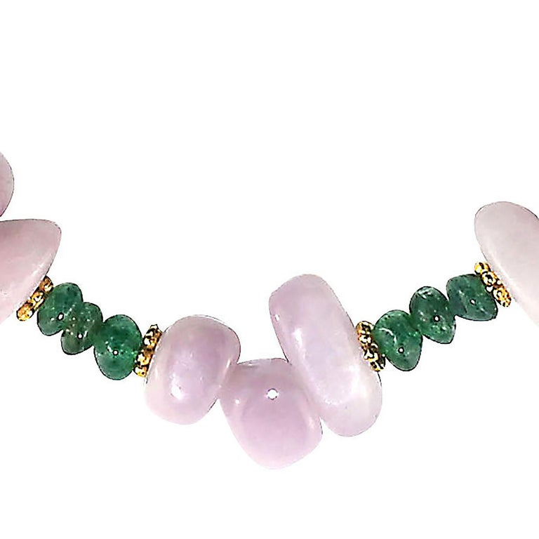 Gemjunky Glowing Kunzite and Aventurine Necklace for Summer Fun In New Condition For Sale In Tuxedo Park , NY