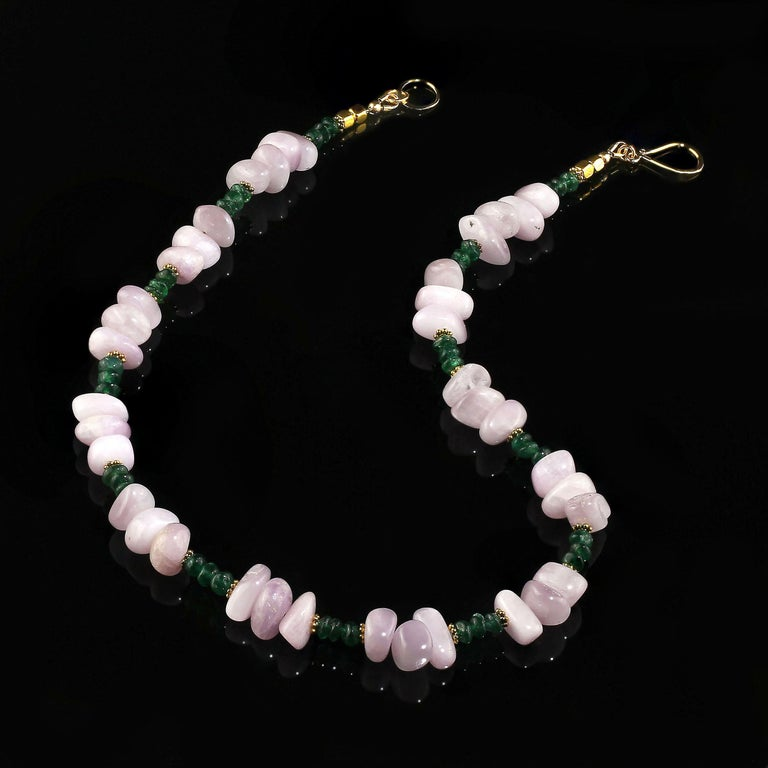 Women's or Men's Gemjunky Glowing Kunzite and Aventurine Necklace for Summer Fun For Sale