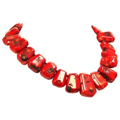 Gemjunky Graduated Red Coral Collar Necklace