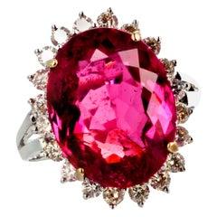 Gemjunky Hollywood Brilliant Red 6.5 Ct Rubelite tourmaline & Diamond Gold Ring