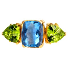 Gemjunky Magic Color Change 5 Carat Fluorite and Intense Peridot 18K Gold Ring