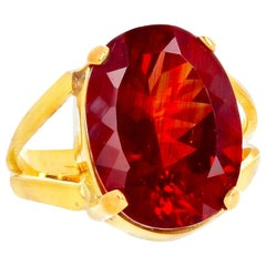 Gemjunky Movie Star Collect, Fiery Red Orange 8Ct Andecine 18Kt Yellow Gold Ring